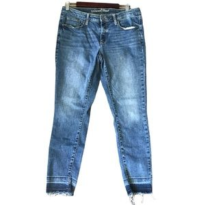 Universal Thread High Rise Skinny Black Jean 12/31